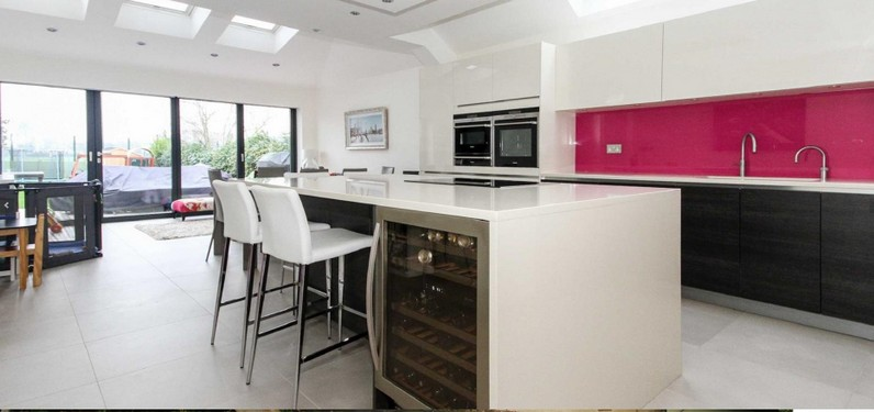 29 St Winifreds Road - Kitchen.jpg